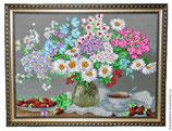 Букет цветов с клубникой
