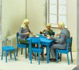 Familie beim Essen, 3D-Druck, 3er Figuren-Set, 1:32