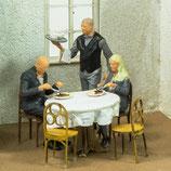 Im Restaurant, 3D-Druck, 3er Figuren-Set + Zubehör, 1:45
