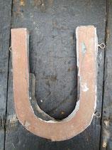 sehr alter Buchstabe Zink U hellbraun 1309rest