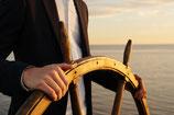 ab Warnemünde, Ostsee, Mecklenburger Bucht  bis max. 12 Personen (Einzelfahrt Mo.-Fr.) -  Aufpreis auf unseren Basispreis Seebestattungen 1295.- €