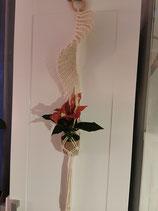 Blumenampel in Fächerform