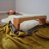 Meditationsbank aus massiver Buche