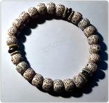 Perlen Armband   hellbeige mit braunen Tupfen