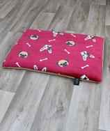 Heimtierdecke mit Hundemotiv und Füllung Bulldogge/Mops rot 65x95cm