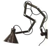 30er Jahre Wandlampe – Scherenlampen-Interpretation