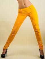 Lässige Röhren Jeans gelb