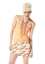 Top apricot von Material Girl