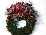 Trauerkranz mit Blumenauflage