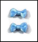 Noeud en satin 20 x 12 mm bleu. Réf : NOE001