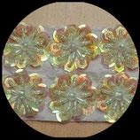 Applique fleur 3D blanc et naturel irisé sequins et perles 3 cm Lot de 2 pièces APP024