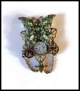 steampunk : broche papillon strass vert, montre, engrenage fait main