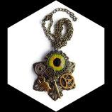 collier  steampunk  oeil et scorpion tendance gothique