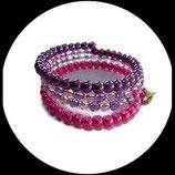 manchette multi rangs perles nacrées et transparentes rose violet, bracelet fil mémoire fait main