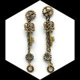 boucles oreilles steampunk engrenages et clé, bijou artisanal