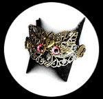 Bracelet style steampunk chouette, engrenages fait main modèle unique