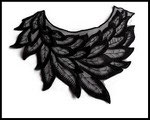 Faux col applique feuilles  brodées noires FC0075