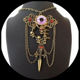 Collier gothique pendentif oeil, cranes, poignard, strass rouges fait main.