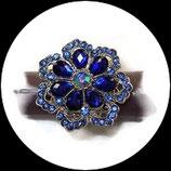 Grosse bague élastique fleur 3D strass bleu royal et bleu clair métal argenté BAG149