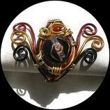 bracelet manchette aluminium et perles rouge, noir et or, modèle unique