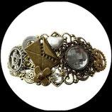 Bracelet steampunk lettre d'amour - bijou steampunk fait main.