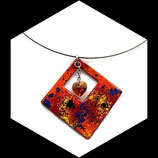 collier pendentif losange émail et coeur swarovski, ras du cou, bijou artisanal