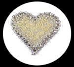 Applique coeur fleurs organza crème/ivoire, sequins or, galon argent  APP121