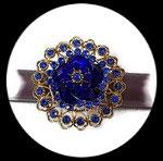 Grosse bague élastique 3D strass bleu royal et clair métal doré BAG181