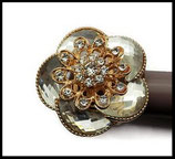 Grosse bague élastique 3D strass naturel métal doré BAG082