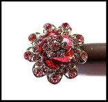 Grosse bague élastique 3D strass roses métal argenté BAG075