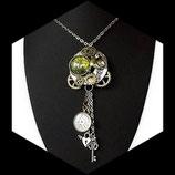 pendentif steampunk, collier oiseau montre engrenages fait main