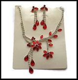 Parure collier et boucles d'oreilles fleurs strass rouges et argent PAR023
