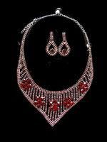 Parure bijoux fantaisie strass rouges, métal argenté PAR038