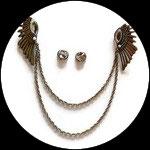 Clip chaîne ailes métal bronze, strass pour veste CLI002