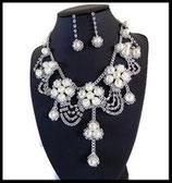Parure collier et pendants d'oreilles argentés perles, strass - rivière PAR025