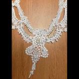 Faux col floral à coudre blanc, perles nacrées blanches  FCO040