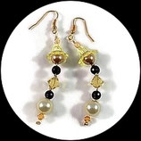 Boucles oreilles  jaune et noir  faites main perle tulipe,  perle nacrée et svarowski BO013