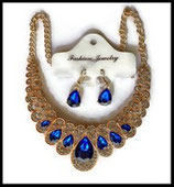 Parure bohème collier et boucles d'oreilles dorés, strass bleu royal  PAR018