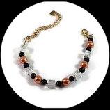 bracelet fantaisie perles cubes, perles à facettes, perles nacrées fait main.