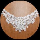 Faux col floral à coudre blanc, perles nacrées blanches  FCO039