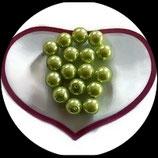 lot de 17 perles de verre nacrées vert  10 mm création bijoux Réf : 1555