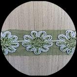 Galon tulle vert brodé argent et vert 6 cm GAL017