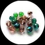 Perles de verre à facettes mélange vert et rose saumoné  6 X 8 mm X 17 - Lot 17 perles à facettes création bijoux, broderie - Réf : 1437