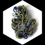 Pendentif en fil d'aluminium 3 couleurs fait main, modèle unique.