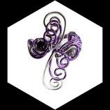 bracelet manchette en fil aluminium violet et argent, perles magiques fait main