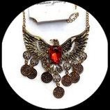 Collier plastron aigle métal doré strass rouge COL009