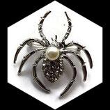 Broche araignée argentée à strass naturels, perle BRO77