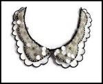 Faux col dentelle brodée sequins irisés, perles nacrées, strass FC0073