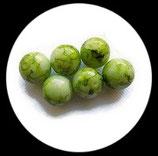 Perle en verre effet marbre 16 mm vert clair Réf : 045