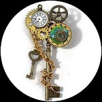 Broche steampunk clés, montre, engrenages fait main